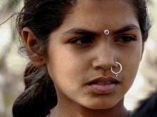 llumdelapau, infància i joventut, índia, hindú